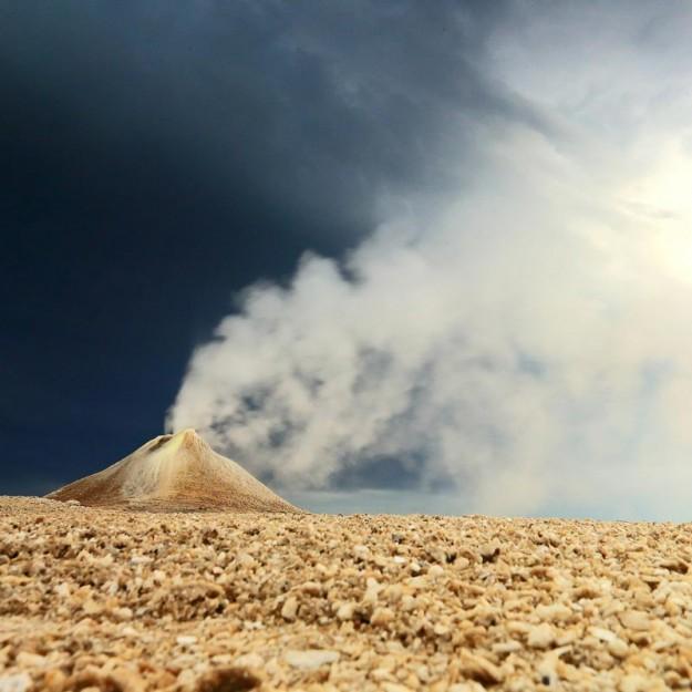 пар из мини вулкана