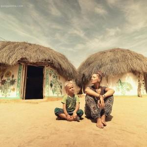глинобитные хижины в пустыне Тар. Фото Люся Маратканова