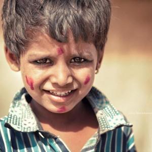 портрет мальчика в пустыне Тар Индия. Фото Люся Маратканова