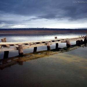 причал на озере в исландии
