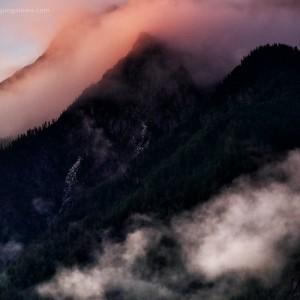горы у реки китой в росси
