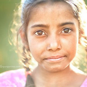 девочка в дхарамсале в индии
