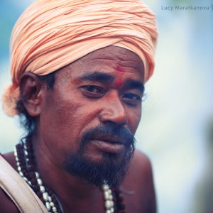 portrait of hindu man in turban in india