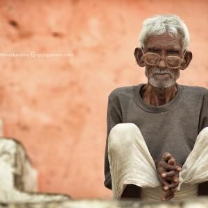 old man in varanasi in india