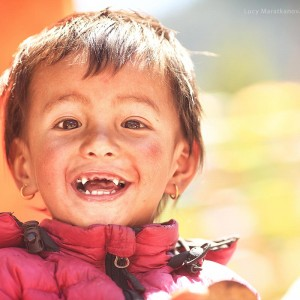 kid without teeth in nepal