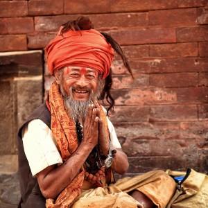 мужчина в чалме в катманду в непале