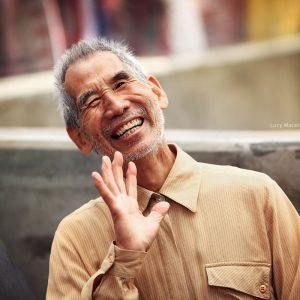 Дедушка в японском квартале Сан Пауло Либердаде в бразилии