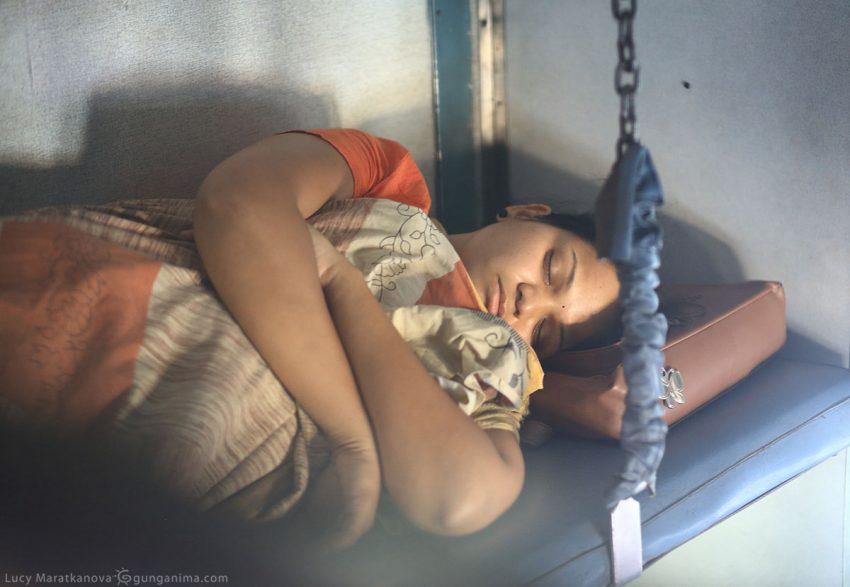 Поезд на Андаманские острова в Индии