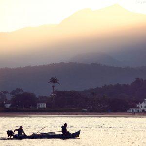 виды парати с моря на лодке в бразилии